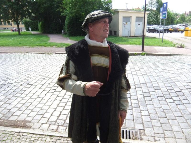 Stadtführer_Im_kostüm