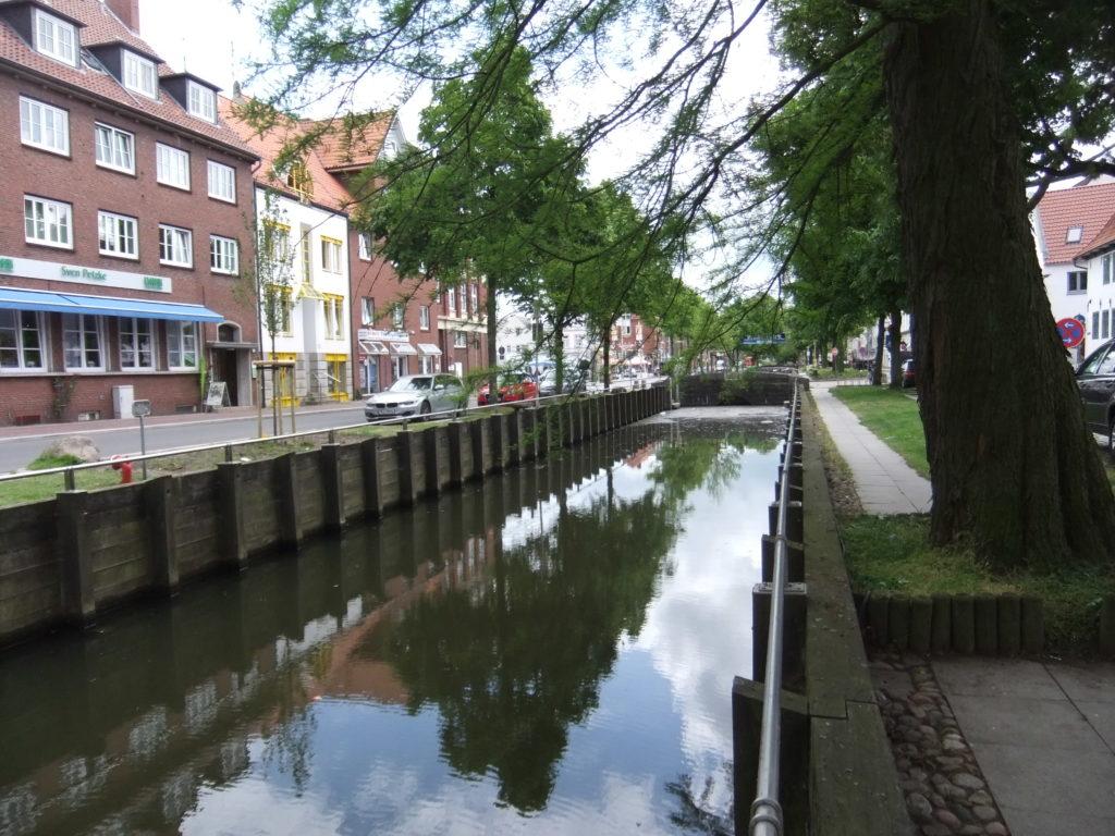 Kanal_in_Glueckstadt